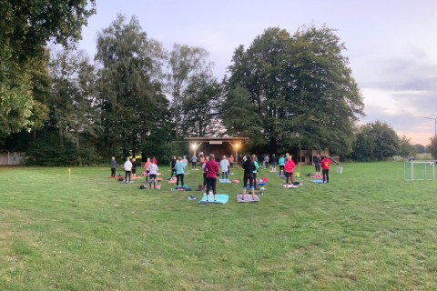 Sunset Yoga im Wapelbad